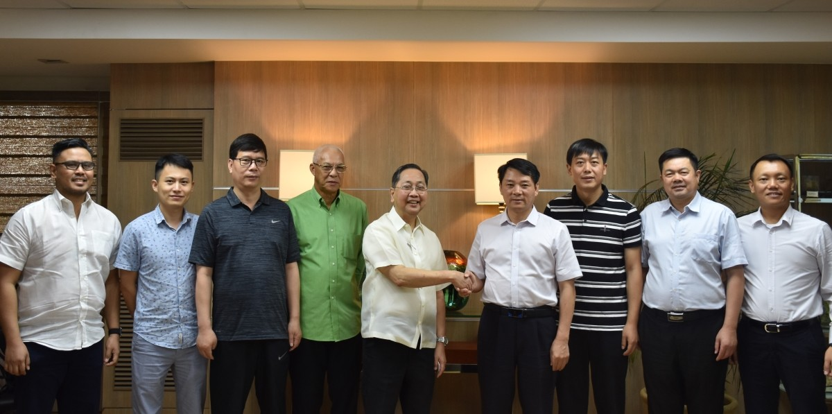 Chinese Envi Officials from Lianyungang visit Marcventures Mining